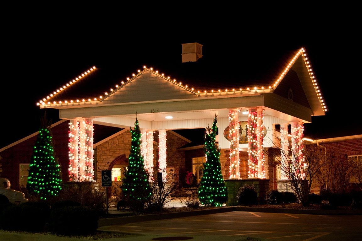 Best 28 Commercial Christmas Lighting Invite Your Customers In Invoke The Holiday Spirit