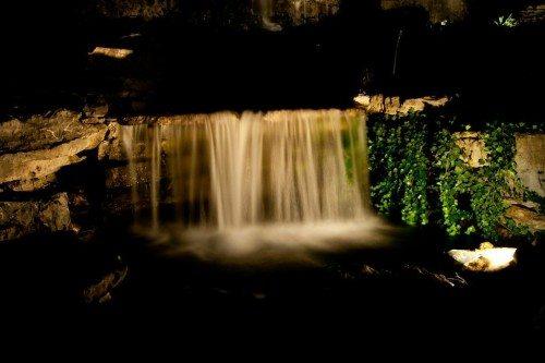 creative outdoor lighting water features